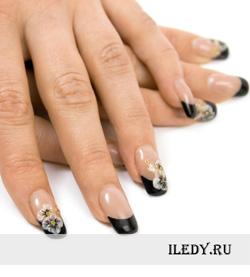 Коррекция гелевых ногтей на типсах